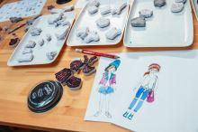 Převlékací panenky, Holky z města – základní sada