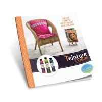 Instruktážní knížka, textilní barvy
